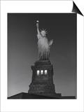 Henri Silberman - Statue of Liberty at Night - New York City, Landmarks at Night Reprodukce