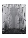 Henri Silberman - On the Brooklyn Bridge, Fog, Close-Up - New York City Icon - Fotografik Baskı