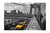 Brooklyn Bridge with Yellow Cab 2 - New York City Icon Fotografisk tryk af Henri Silberman
