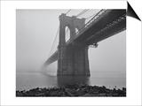 Henri Silberman - Brooklyn Bridge, Fog, Birds - View from Brooklyn Obrazy