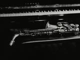 Saxophone and Piano, the Fairway, Welwyn Garden City, Hertfordshire, 7 May 2000 Fotoprint van Denis Williams