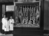Butchers Standing Next to their Shop Window Display, South Yorkshire, 1955 Reproduction photographique par Michael Walters