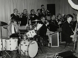 Drummer Ronnie Verrell and the Sound of 17 Big Band at the Fairway, Welwyn Garden City, Herts, 1991 Reproduction photographique par Denis Williams