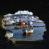 The Town of Naoussa Seen from the Fort in the Harbour Stampa fotografica di CM Dixon