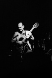 Joe Pass, Ronnie Scotts, Soho, London, 1984 Papier Photo par Brian O'Connor