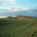 Looking East from Housesteads Roman Fort on Hadrians Wall, 2nd Century Reproduction photographique par CM Dixon