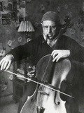 Pablo Casals, the Great Cello Player in His Home in Barcelona Photographie