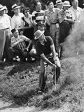 Sam Snead Makes an Iron Shot from the Side of a Sand Trap Foto