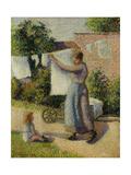 Woman Hanging Up the Washing Reproduction procédé giclée par Camille Pissarro