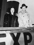 Laurence Olivier and His Wife, Vivien Leigh, Go Back to Wartime Britain and Blackouts Photo