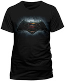 Batman vs. Superman- Backlit Movie Logo (slim fit) T-Shirt