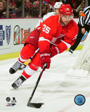 Mike Green 2015-16 Action Photo