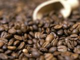 Fresh Coffee Beans Out of the Bag Fotodruck von Steven Morris