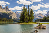 Canada, Alberta, Jasper National Park, Maligne Lake and Spirit Island Reproduction photographique par Jamie & Judy Wild
