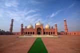 Badshahi Masjid, Lahore, Pakistan Photographic Print by Yasir Nisar