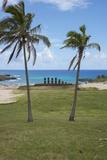 Easter Island. Rapa Nui NP, Anakena and Ahu Nau Nau. Moai Statues Fotografisk tryk af Cindy Miller Hopkins
