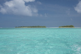 Cook Islands, Aitutaki, Honeymoon Island. Motu Surrounded by Lagoon Photographic Print by Cindy Miller Hopkins
