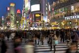 Worlds Busiest Road Crossing, Shibuya, Tokyo, Japan Photographie par Peter Adams