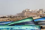 Boats and City Walls, Essaouira, Morocco Foto af Peter Adams