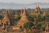 Ancient Temple City of Bagan (Also Pagan), Myanmar (Burma) Photographie par Peter Adams