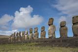 Chile, Easter Island, Hanga Nui. Rapa Nui, Ahu Tongariki. Moi Statues Foto af Cindy Miller Hopkins