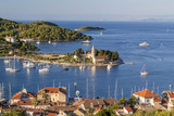 Vis Town, Franciscan Monastery and Harbor, Vis Island, Croatia Photo av Peter Adams