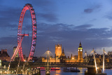 Parliament, London Eye and Jubilee Bridge on River Thames, London, UK Fotografía por Peter Adams