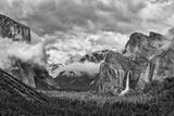 USA, California, Yosemite, Bridalveil Falls Photo autor John Ford