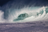 Hawaii, Oahu, Large Waves Along the Pipeline Beach Photo by Terry Eggers
