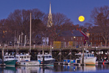 The Moon Sets Behind the Fishing Pier in Portsmouth, New Hampshire Foto von Jerry & Marcy Monkman