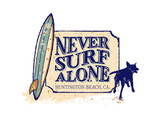 Never Surf Alone Poster di  Dog is Good