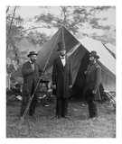 President Lincoln on the Battlefield of Antietam, Maryland, October 2, 1862 Plakater af Alexander Gardner