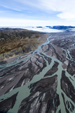 An Outwash Plain Created by a River Flowing with Meltwater and Sediment from a Glacier Reproduction photographique par Jason Edwards