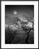 Amy & Al White & Petteway - A Nearly Full Moon Sets over the Blue Ridge Mountains at Dawn Zarámovaná reprodukce fotografie