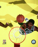 Robert Parish 1986 Action Photo