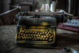 Haunted Interior with Typewriter Fotografisk tryk af Nathan Wright
