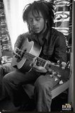 Bob Marley - Guitar Stretched Canvas Print
