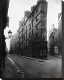 Paris, 1908 - Vieille Cour, 22 rue Quincampoix - Old Courtyard, 22 rue Quincampoix Stretched Canvas Print by Eugene Atget