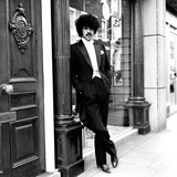 Phil Lynott in London, Modelling Clothes from Saville Row. 1983 Fotografisk tryk af Mike Maloney