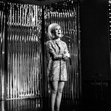 Dusty Springfield Performing at the Rehearsals for Top of the Pops, 25th May 1967 Lámina fotográfica