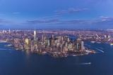 One World Trade Center and Lower Manhattan, New York City, New York, USA Reproduction photographique par Jon Arnold