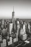 One World Trade Center and Lower Manhattan, New York City, New York, USA Papier Photo par Jon Arnold