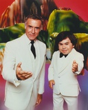 Fantasy Island Two Men Offering Hands Photographie par  Movie Star News