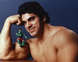 Lou Ferrigno with Incredible Hulk Action Figure Portrait Photo by  Movie Star News