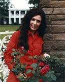 Loretta Lynn in Red Dress Photo by  Movie Star News