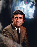 Rod Serling Posed in Checkered Coat and Tie Photo af Movie Star News