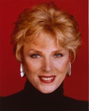 Mariette Hartley Close Up Portrait Photo by  Movie Star News