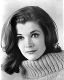 Jessica Walter Portrait in White Knitted Sweater Photo by  Movie Star News
