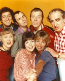 Laverne & Shirley Cast in Group Picture Portrait Photo by  Movie Star News