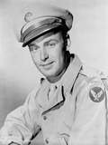 Alan Ladd smiling and wearing a Military Uniform Photo by  Movie Star News